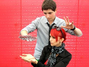 Armenian teen wins illusionists' contest in Rome