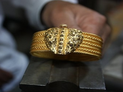Bracelet created by Armenian jewelers is most popular gold ornament in Turkey